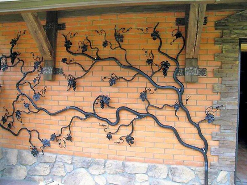 Как украсить фасад дома своими руками